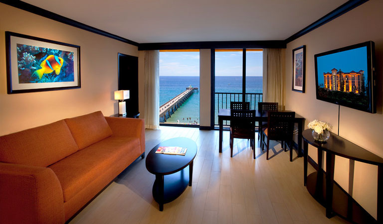 Suites at Wyndham Deerfield Beach